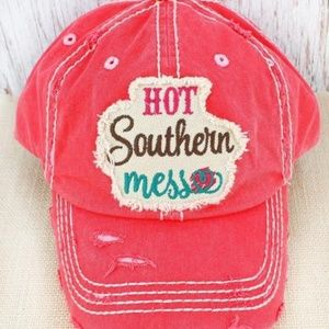 ✌NWT DISTRESSED CORAL 'HOT SOUTHERN MESS' CAP